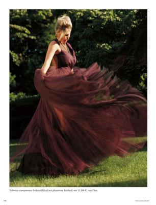 Kate Upton Vogue Germany 3